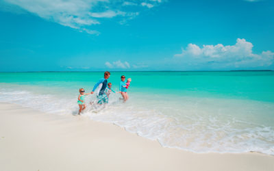 4 Ways to Save Money on Vacation